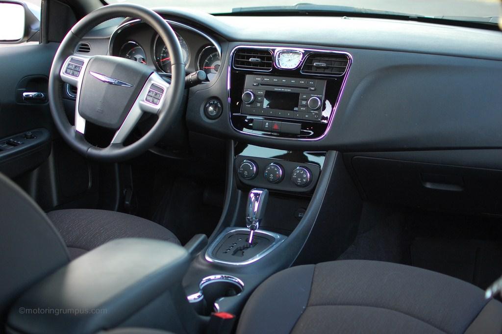 Chrysler 200 Mpg >> 2012 Chrysler 200 Review - Motoring Rumpus