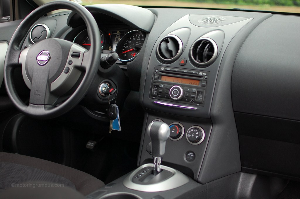 2012 Nissan Rogue Review - Motoring Rumpus