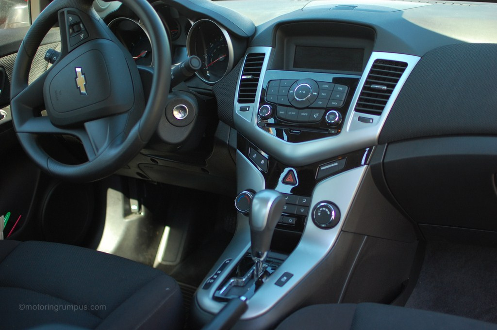 2012 Chevy Cruze Black Cloth Interior