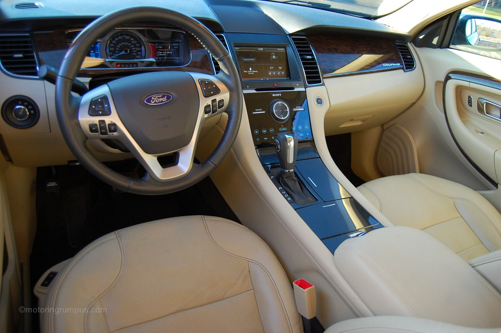 2013 Ford Taurus Dune Interior