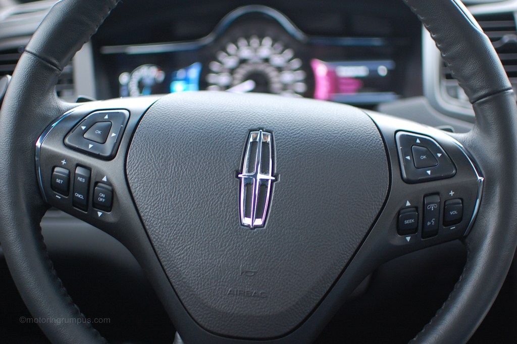 2013 Lincoln MKS Heated Steering Wheel with Paddle Shifters