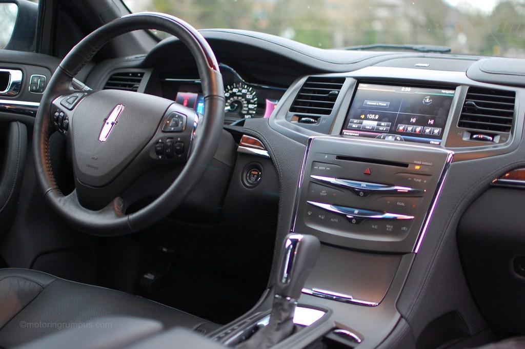 2013 Lincoln MKS Interior