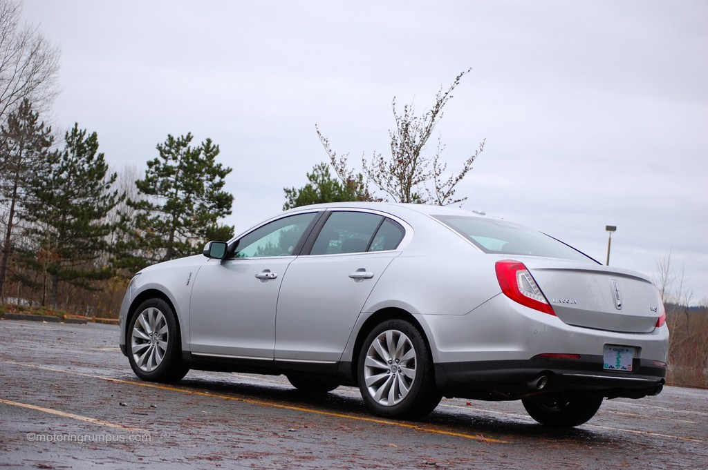 2013 Lincoln MKS Rear Three Quarter View