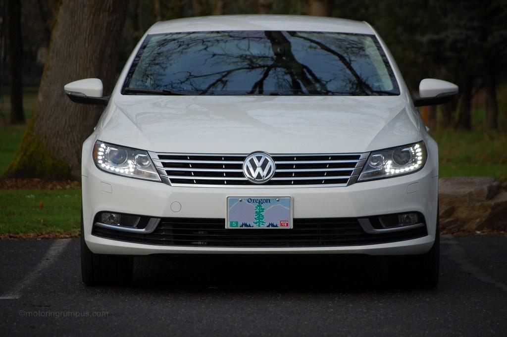2013 Volkswagen CC Front