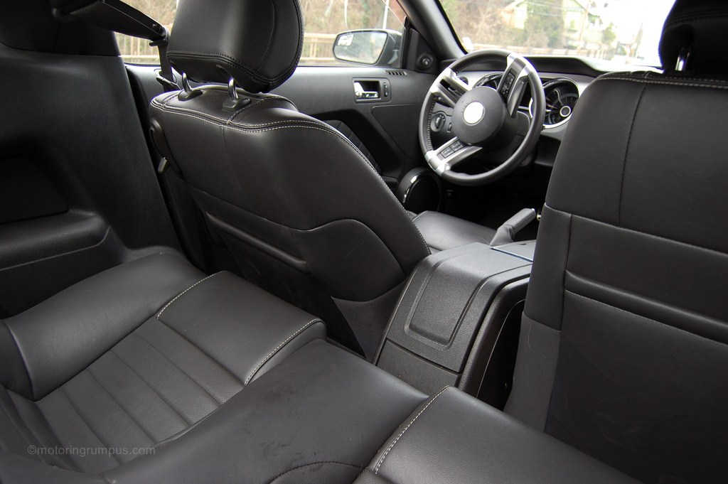 2013 Ford Mustang Rear Seat Legroom