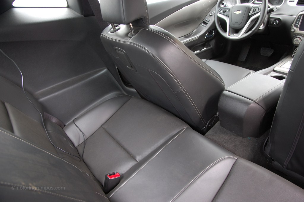 2012 chevrolet camaro specs and features msn autos autos post. Black Bedroom Furniture Sets. Home Design Ideas