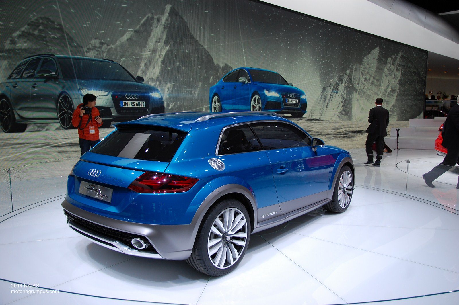 2014 NAIAS Audi allroad shooting brake concept 6