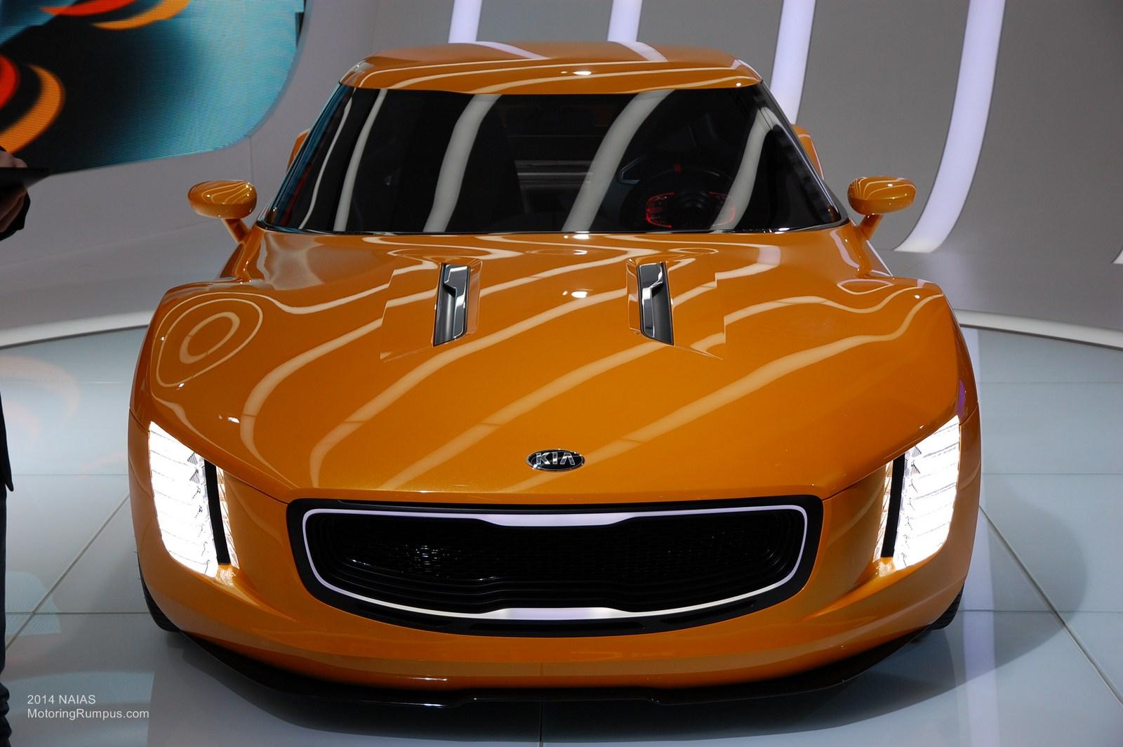 2014 NAIAS Kia GT4 Stinger Concept Front